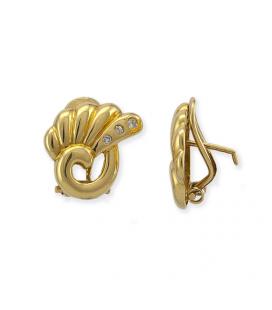 Par de pendientes de oro amarillo con forma de Hoja y diamantes talla brillante