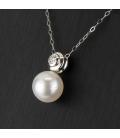 Gargantilla de oro blanco y colgante de oro blanco con diamante central y perla australiana