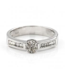Sortija de oro blanco con diamantes