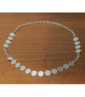 Gargantilla de plata con motivo de monedas