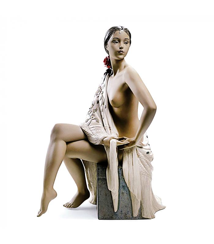 Lladró Figura de Mujer Desnuda con Mantón 01012536