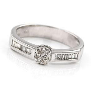 Alianza Oro blanco con Diamantes
